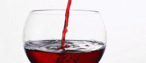 Compound in red wine may reduce artery stiffness in diabetics